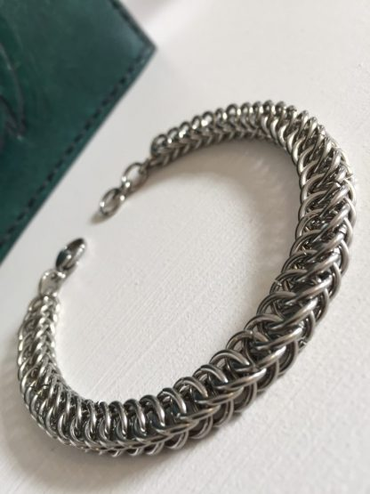 steel box chain bracelet