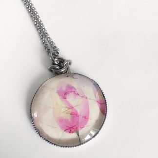 Pink tulip cabochon necklace
