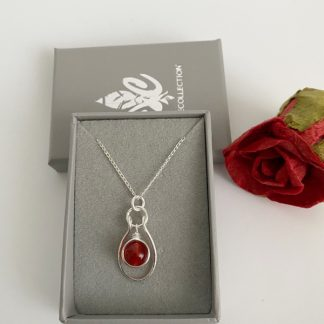 Ruby-pendant-necklace